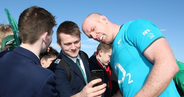 Selfies and suffering as Ireland squad bounce back into training in Belfast