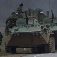US issues warning as Russian military 'now controls Crimea'