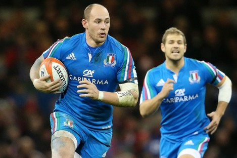There's no Parisse in the Italy team.