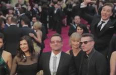 Amazing video of Benedict Cumberbatch plotting his Oscars photobomb