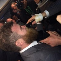 Sexton shaves D'Arcy's magnificent beard off after Six Nations win