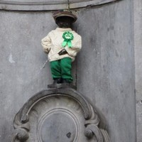 The Manneken Pis statue got dressed up for St Patrick's Day