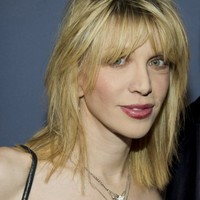 Courtney Love reckons she's cracked the Malaysia Airlines mystery... It's the Dredge