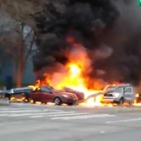 Two killed after Seattle news helicopter crashes into cars