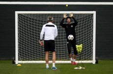 Petr Cech showcases crazy new goalkeeping drill