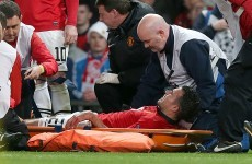 Van Persie out for a month, set to miss United's Champions League matches
