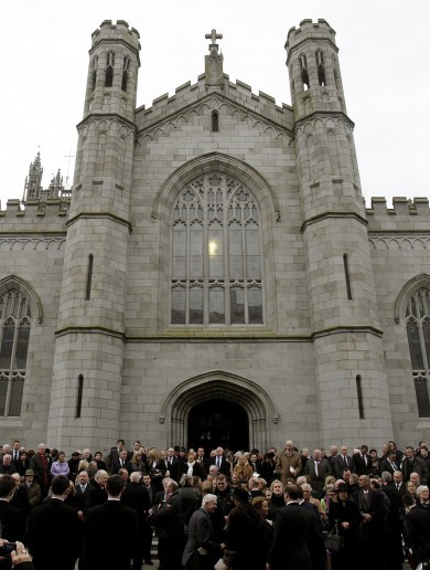 """Tremendous loss..."": Politicians North & South pay respects as Edward Haughey laid to rest"