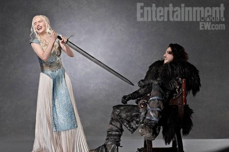 That's Daenerys and Jon Snow. Messing.