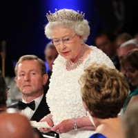 �A �achtaráin, agus a chairde� � Queen offers �sincere sympathy� to victims of Anglo-Irish conflict