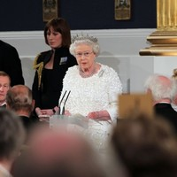 """Simple pleasures - Queen to President: """"I like this clinking glass"""""""