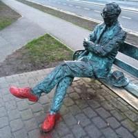 Patrick Kavanagh statue restored after vandals' dodgy paint job