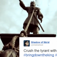 Game of Thrones fans are tweeting to topple this enormous Joffrey statue