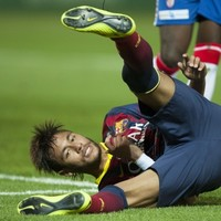 This embarrassing Neymar dive will make you cringe