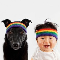 This baby and his dog are the most fashionable pair on the internet