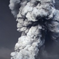 Poll: Should Irish airspace stay open if the ash cloud arrives?