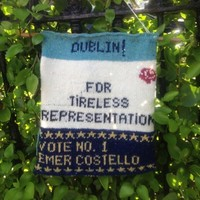Someone knitted this MEP an election poster out of Aran-jumper wool