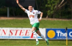 10-man Cork City hold on to edge out Students