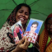 """""""Pay up!"""" ... Clothing companies under pressure over compensation for Rana Plaza victims"""