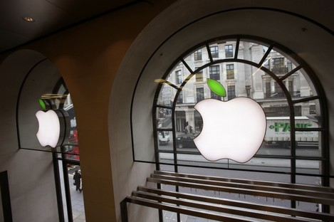 The Apple Store on Regent Street in London recently marked Earth Day by turning its logo green.