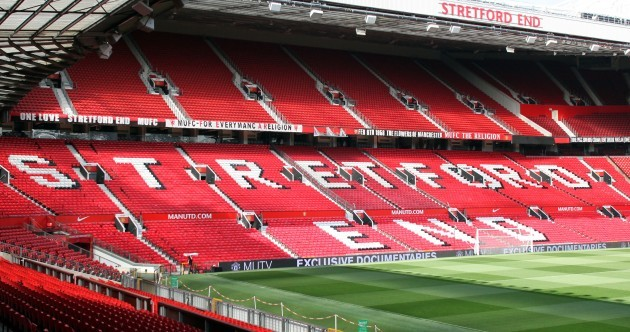 Snapshot: 'The Chosen One' banner has been removed from Old Trafford