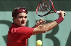 Roger Federer moves into third round at French Open