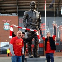 Paddy Power has unveiled a David Moyes 'tribute' statue at Anfield
