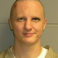 Judge rules Arizona shooting suspect Loughner mentally incompetent to stand trial