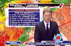 Weatherman orders live evacuation of newsroom during Tornado