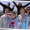 Cameron Diaz and Jimmy Fallon photobomb unsuspecting tourists