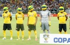 Snapshot: Corinthians line up in yellow helmets for Ayrton Senna anniversary tribute