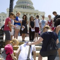 US Supreme Court divided but the right to pray at Government meetings stays