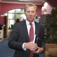 Eamonn Coghlan will contest the Dublin West by-election for Fine Gael
