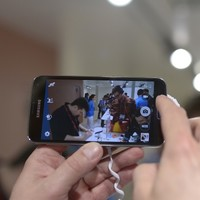 Samsung replaces its head of mobile design amid Galaxy S5 criticism