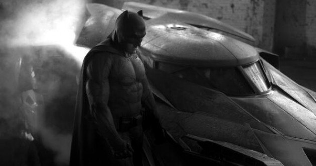 First photo of Ben Affleck as Batman released
