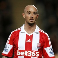 'If he wants to play he can call me' - O'Neill phones Stephen Ireland, gets no answer