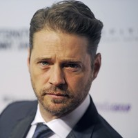 Jason Priestley travelled to Ireland just to shift Andrea Corr! It's The Dredge