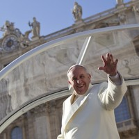 Pope Francis won't be using bulletproof vehicles on his visit to the Middle East