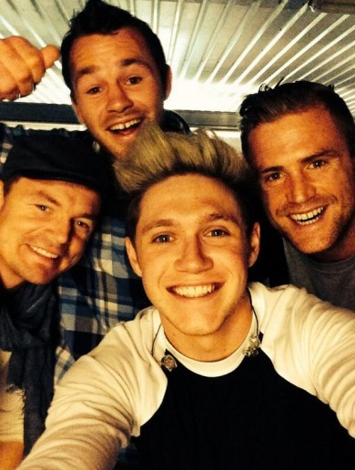 The Irish rugby lads went to see One Direction - and of course there was a selfie