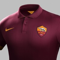 Form an orderly queue because Roma's new jersey is an absolute beauty