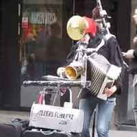 Incredibly talented one-man band plays the Star Wars theme tune