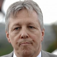 Peter Robinson: I was misinterpreted when I said I'd trust Muslims 'to go down to the shops for me'