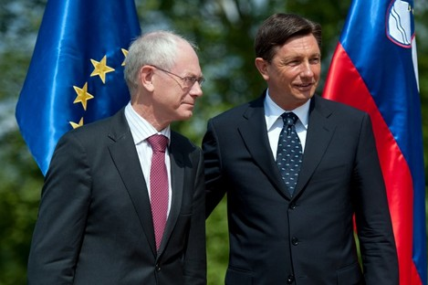 Herman Van Rompuy (L) has told Slovenia's Prime Minister Borut Paho that pension reform is needed.