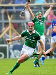 7 pictures that show Limerick LOVE reaching Munster hurling finals