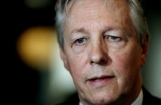 Peter Robinson apologises for comments about Muslims