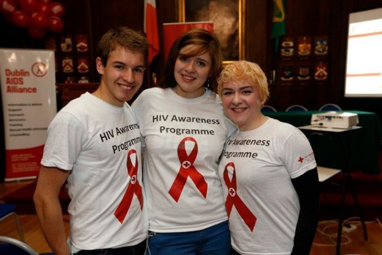 Irish Red Cross Youth Department volunteers at a Dublin AIDS Alliance event.