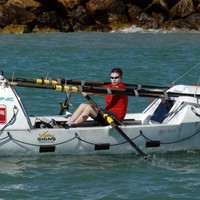 Naked Irish rower rescued after sustaining head injury off Australia