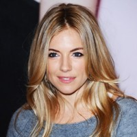 News of the World formally apologises to Sienna Miller