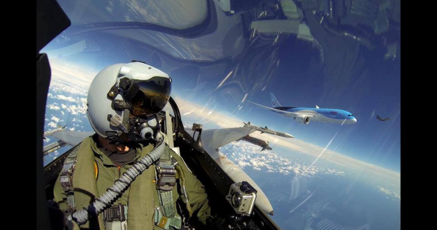Move over NASA. Pilots are pretty good at dramatic selfies as well