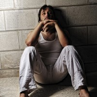 What can TDs do to prevent suicide in prisons?