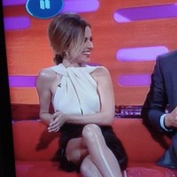 Cheryl Cole apparently has three legs, according to this mad photo